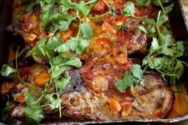 Svigermors svinekoteletter i curry Oppskrift