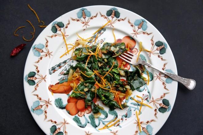 Viestad stekte spinat med ingefær og appelsin Oppskrift