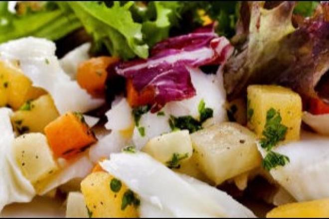Salat med røkt kveite Oppskrift