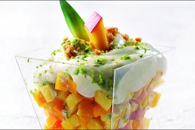 Fruktsalat med kesam Oppskrift
