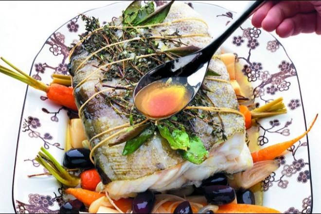 Ovnsbakt torskerygg med olivenbraiserte rotfrukter Oppskrift