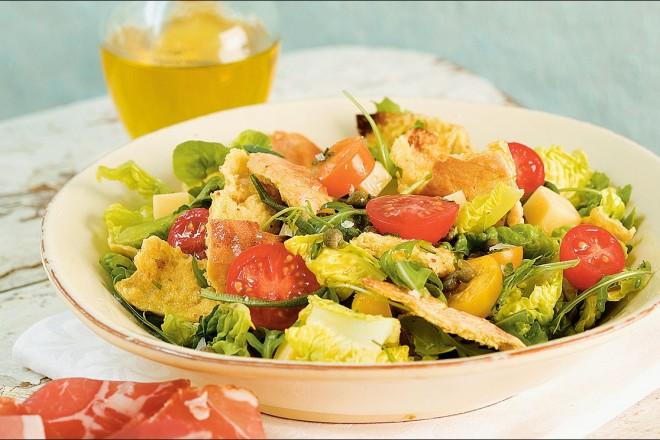 Salat med brød Oppskrift