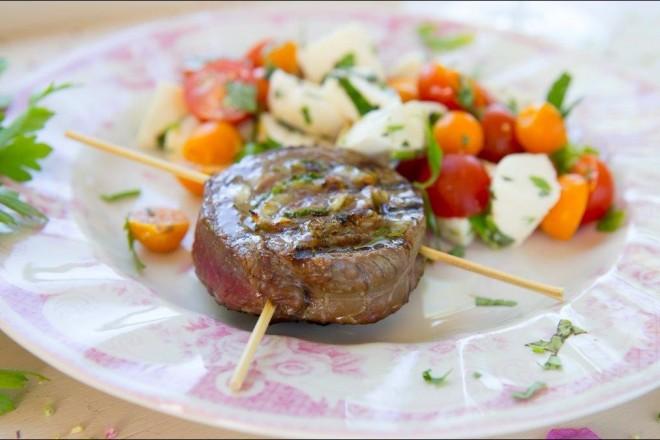 Grillet kjøttrull med urter Oppskrift