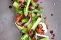 Aspargessalat med avokadodressing Oppskrift