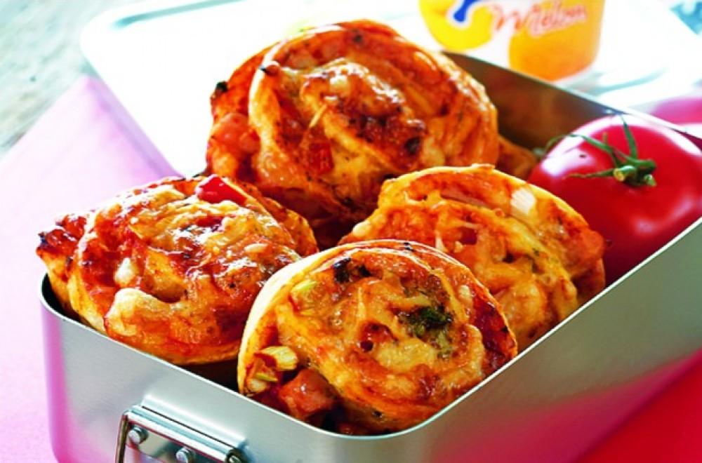 Minipizzaer i matpakken Oppskrift