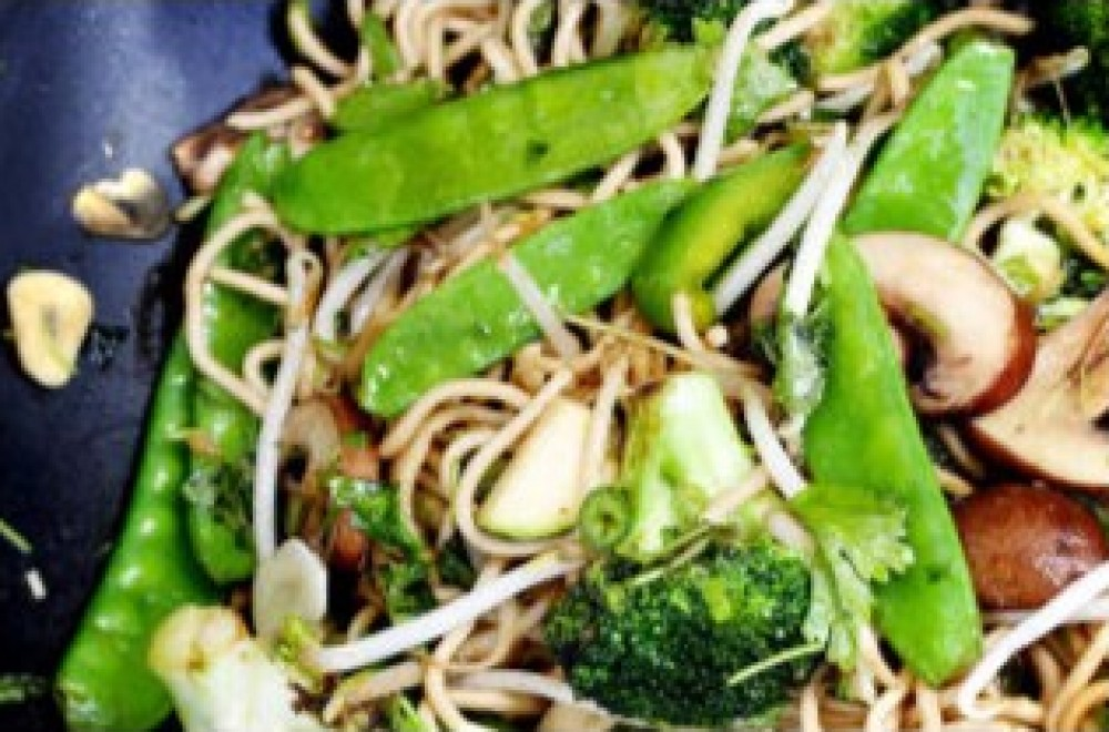 Grønn vegetar wok Oppskrift