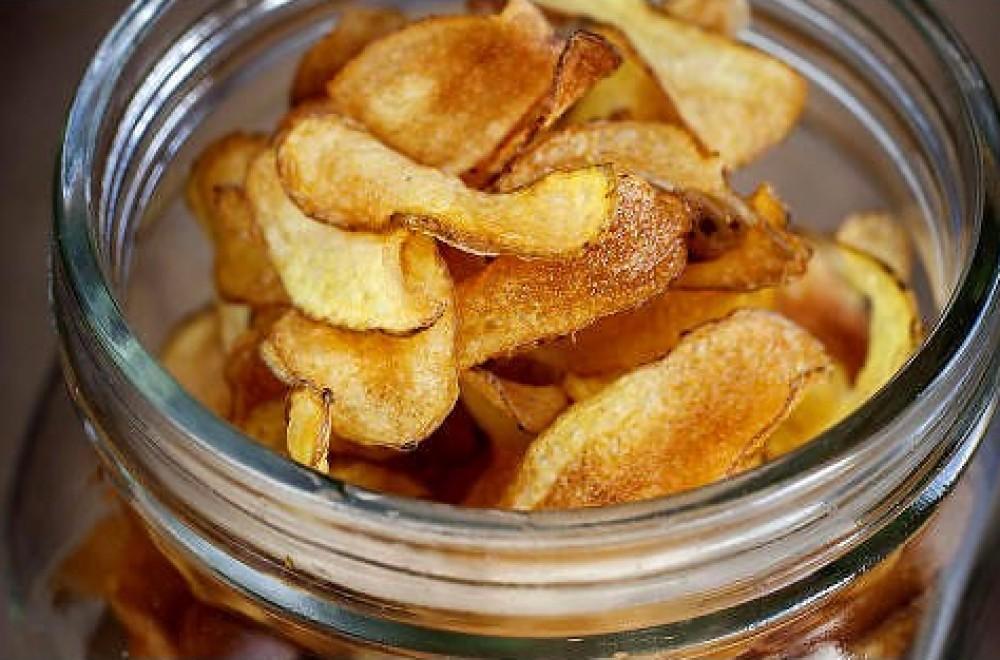 Chips av mandelpoteter Oppskrift