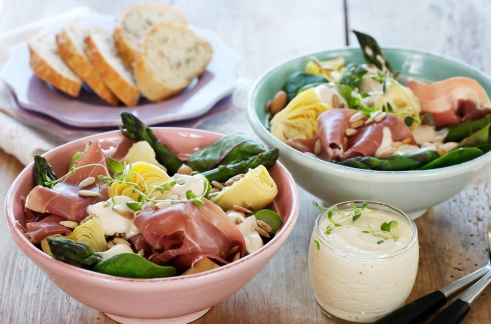 Aspargessalat med spekeskinke Oppskrift