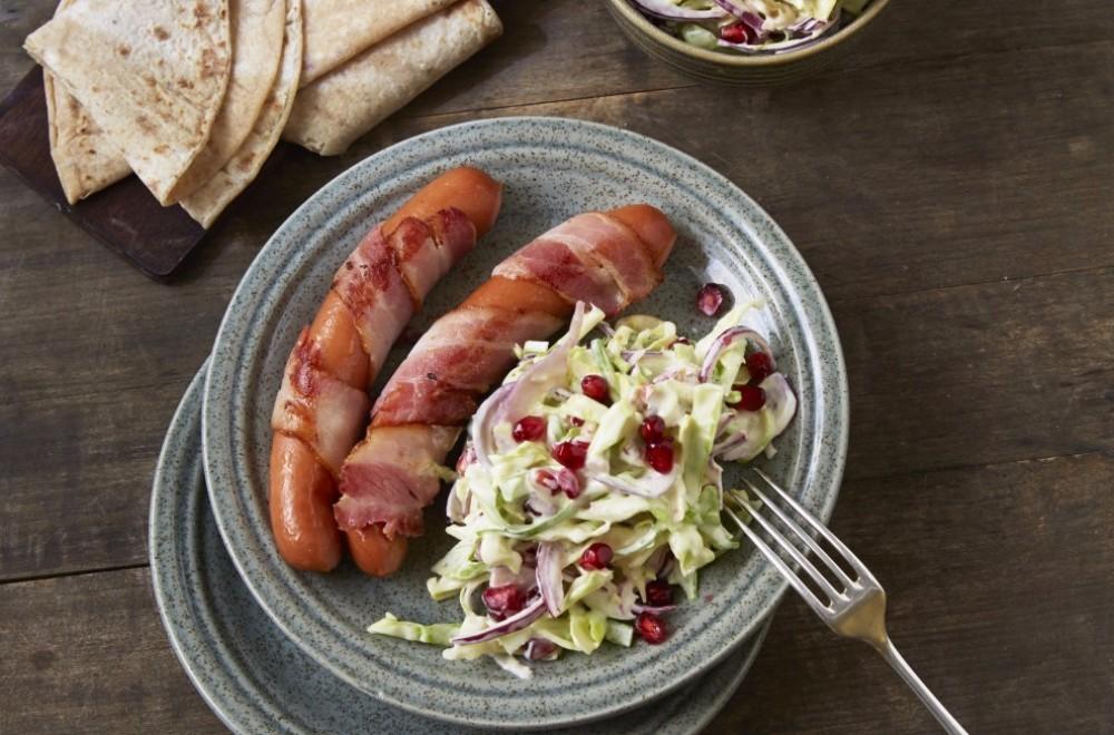 Baconpølser med kålsalat Oppskrift