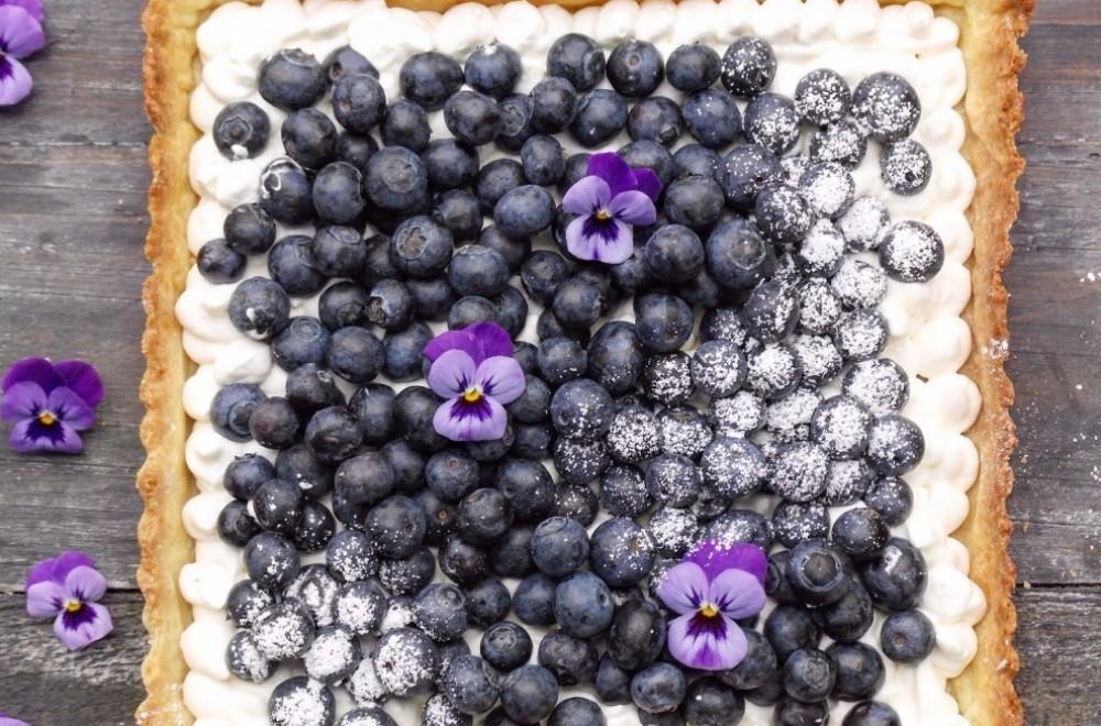 Blåbærterte med crème fraîche-krem Oppskrift