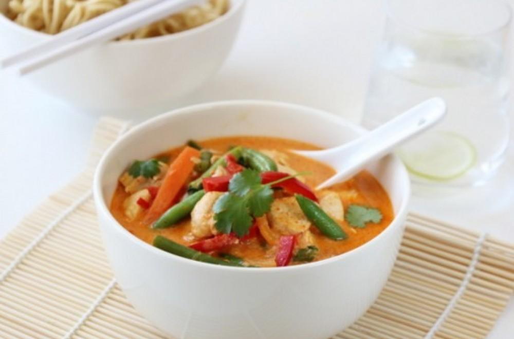 Trines matblogg thaisuppe med kylling og red curry Oppskrift