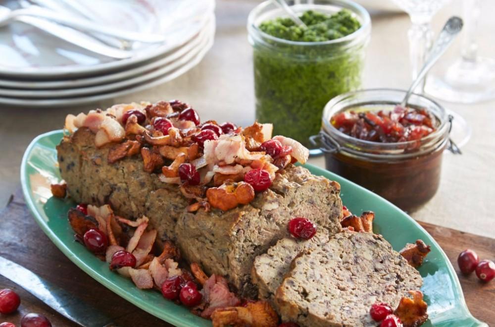 Paté med grønn pesto og løkmermelade Oppskrift