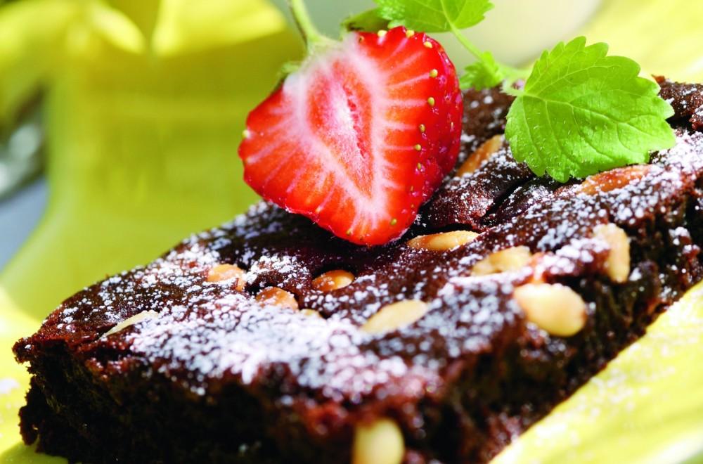 Sjokoladeruter med pinjenøtter Oppskrift