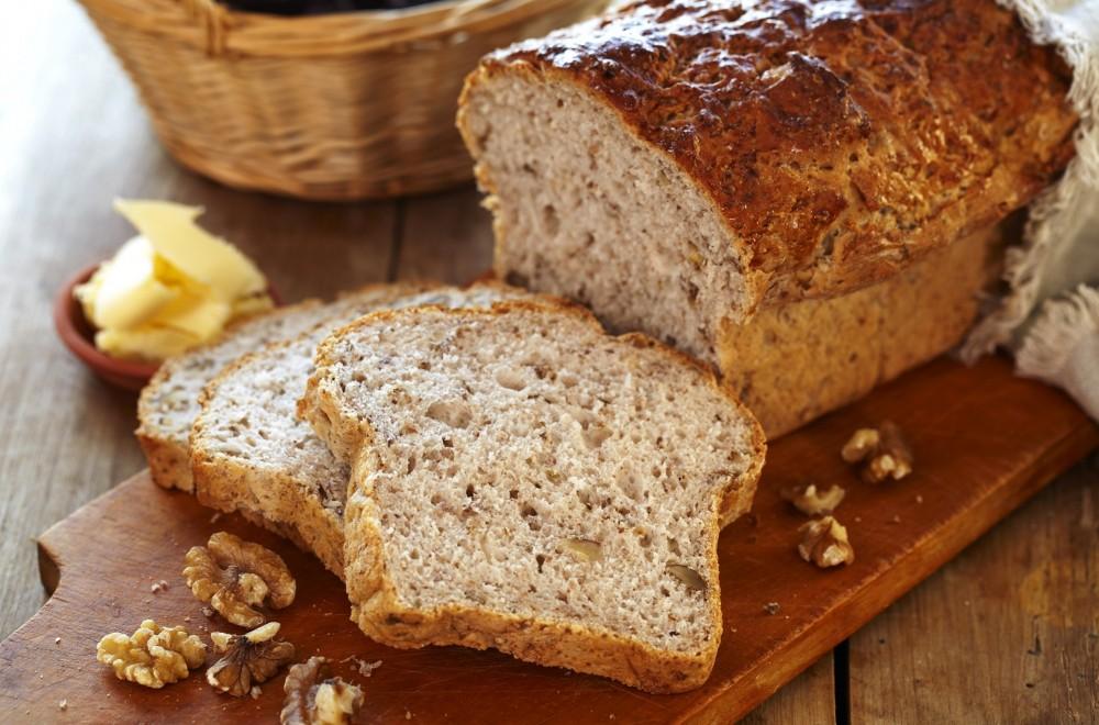 Eltefritt brød med valnøtter Oppskrift