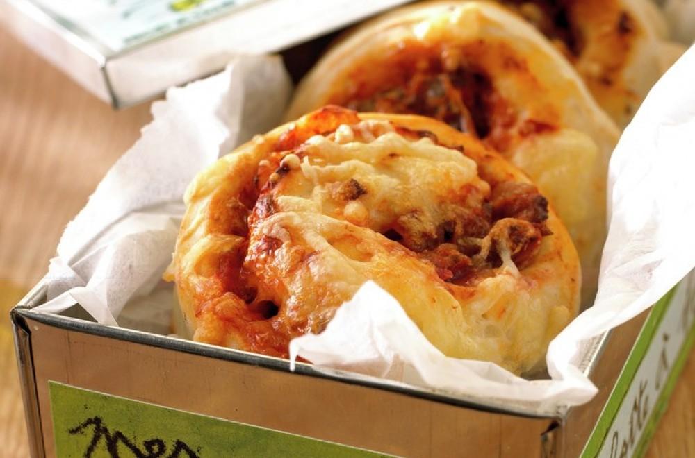 Pizzasnurrer med kjøttdeig Oppskrift