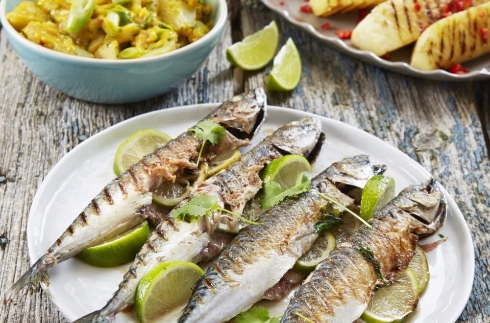 Grillet makrell med lime og koriander Oppskrift