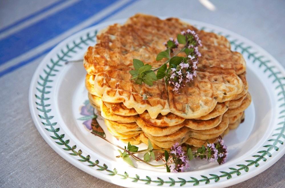 Ritzkjeks- og valnøttkake