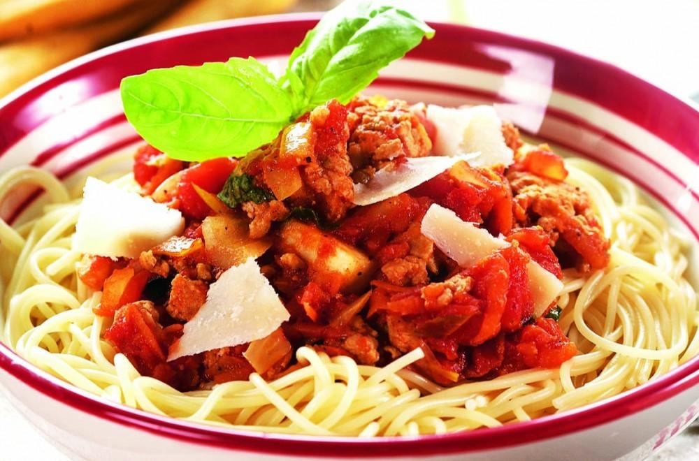 Kjøttsaus og pasta Oppskrift